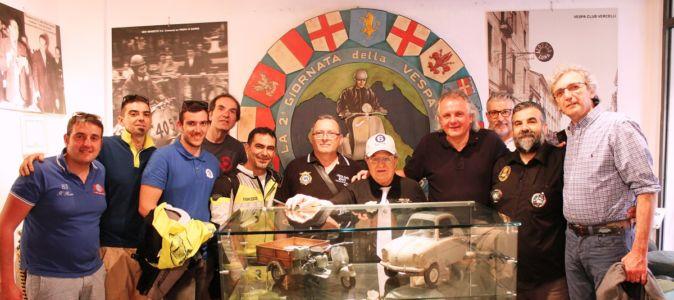 2 Giugno 2018 Cav. Giuseppe Cau Visita Il Museo Vite Da Vespa (37)