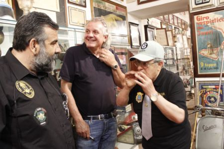 2 Giugno 2018 Cav. Giuseppe Cau Visita Il Museo Vite Da Vespa (69)