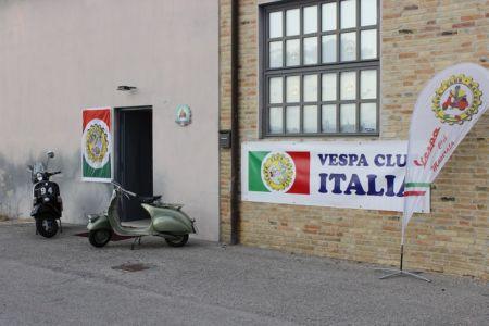 Inaugurazione Sede Vespa Club Macerata (237)
